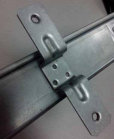 汽车玻璃升降支架焊接样件展示